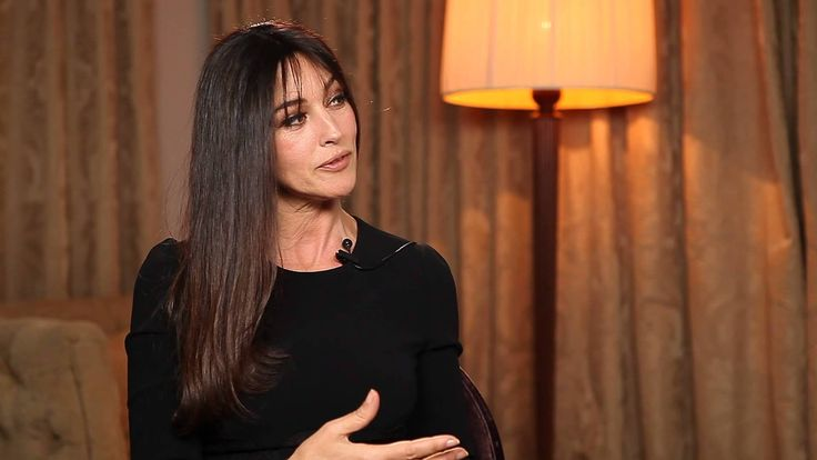 Interview de Monica Bellucci -  J' ADORE!