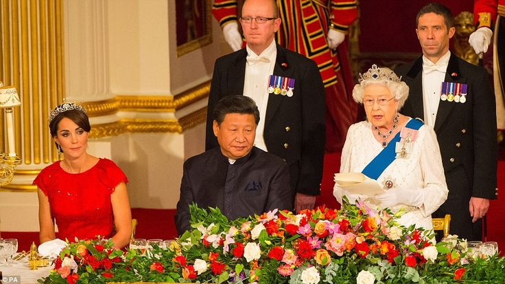 Kate Middleton arrives at Buckingham Palace for state banquet with Xi Jinping | Daily Mail Online: