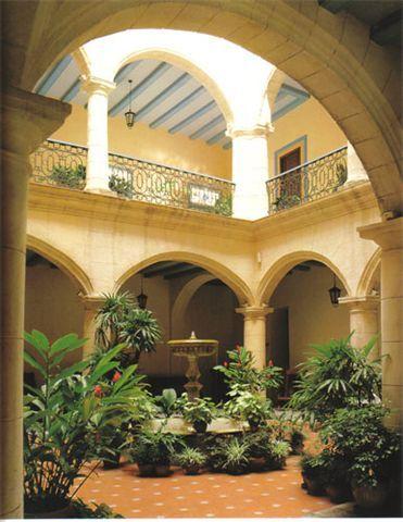 Casas coloniales con patio central buscar con google - Casas con estilo ...