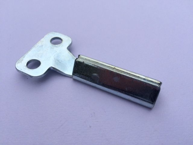 Long Reach Meter Key :- Ideal for Gas or Electricity Meter Boxes