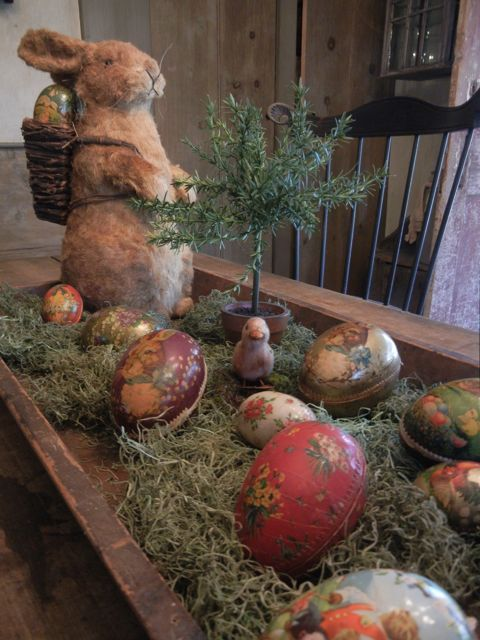 Easter centerpiece - I like the idea of it, but I'd make a few changes to make it a little more lush