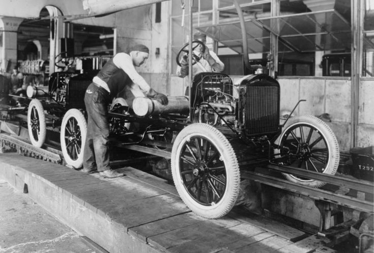 this is a picture of the latter part of the ford assembly line in the 1920 39 s notice how the. Black Bedroom Furniture Sets. Home Design Ideas