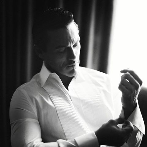 "733 Beğenme, 6 Yorum - Instagram'da ❥ luke evans (@dailylukeevans): ""goodnight people ❣ #lukeevans"""