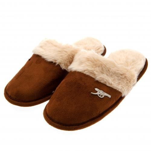 Ladies Arsenal mules slippers in size 3/4 with a soft lining, brown in colour and featuring a metal club crest badge. FREE DELIVERY on all of our gifts
