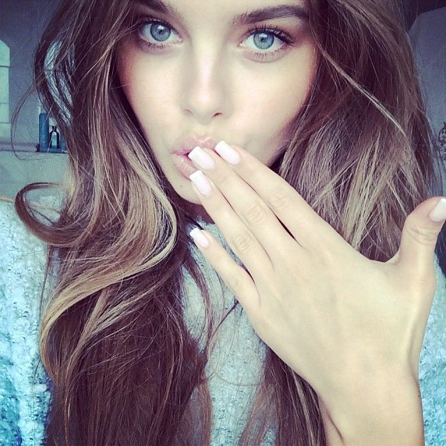 Pretty girl blue eyes long hair makeup beautiful girls pretty girl blue eyes long hair makeup beautiful girls pinterest blue eyes pretty girls and hair makeup voltagebd Image collections