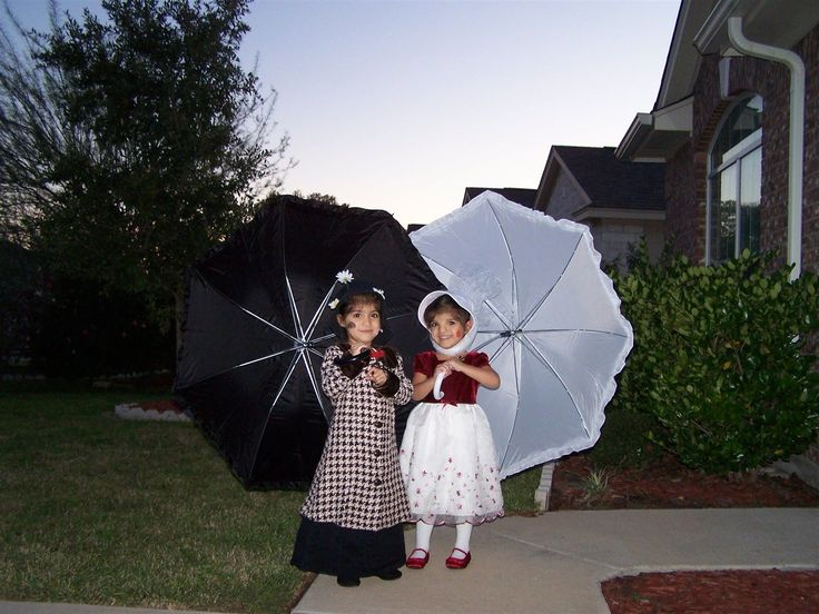 MARY POPPINS TWINS Halloween DIY Costumes - HDYDI.com