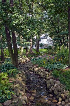 I might need to create one of these in my back yard to make the drainage ditch pretty.