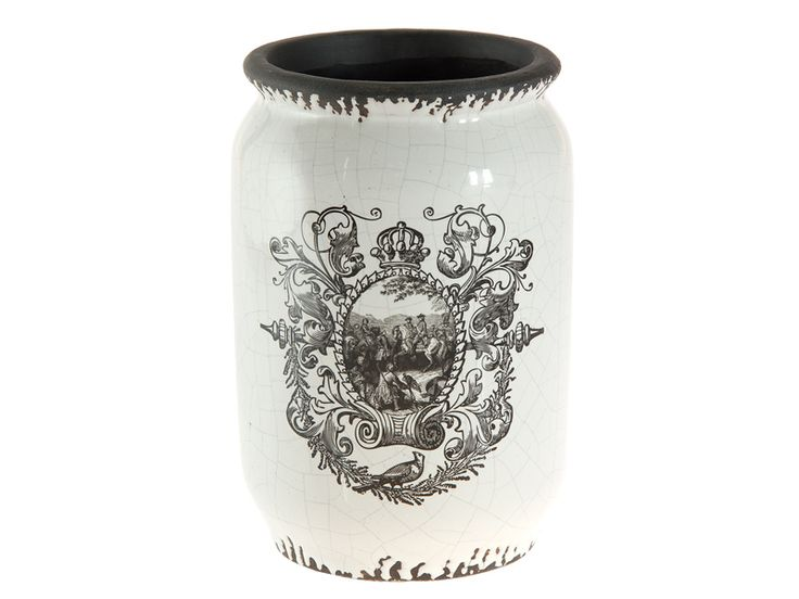 jarrn alto con decorado en blanco y negro