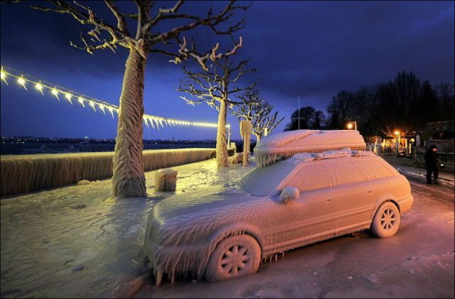 Harsh winter {Part 4} ice storms: Lakes Geneva, Ice Storms, Ice Covers, Frozen Cars, European Ice, Covers Cars, Ears February, Cities Versoix, Awesome Weather