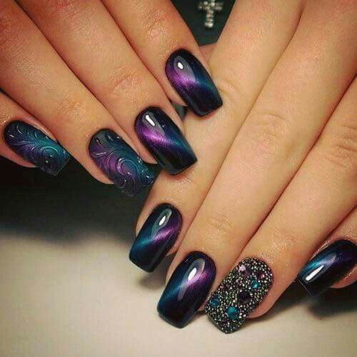 Nails is stunning shades of aubergine