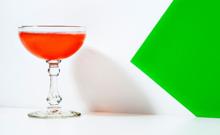 Brave Benbow  3/4 ounce gin, Navy Strength (preferably Perry's Tot)  3/4 ounce Old Tom gin (preferably Hayman's)  1/4 ounce Campari  1 1/2 ounces salted lime cordial  Garnish: 2 kaffir lime leaves