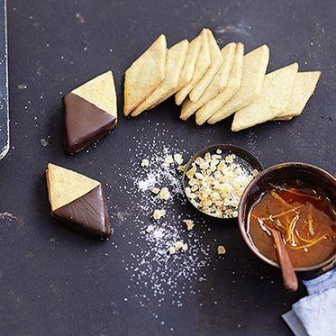 Mürbeteigrauten mit Schokoladenklecks Rezept | Küchengötter