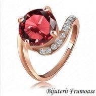 Inel clasic cu cristal rosu http://www.bijuteriifrumoase.ro/cumpara/inel-clasic-cu-cristal-rosu-731