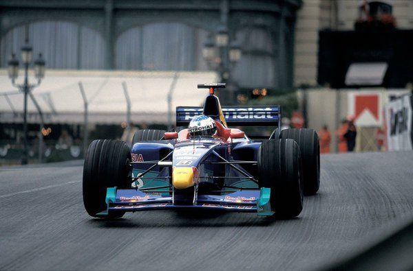 Jean Alesi                                               (Sauber-Petronas V10, C18)