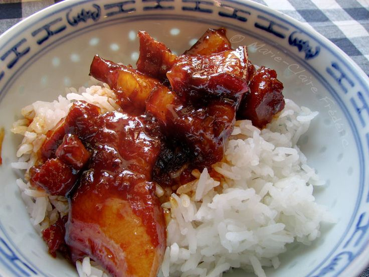 Porc au caramel et son riz parfumé (Caramelized pork with fragrant rice)