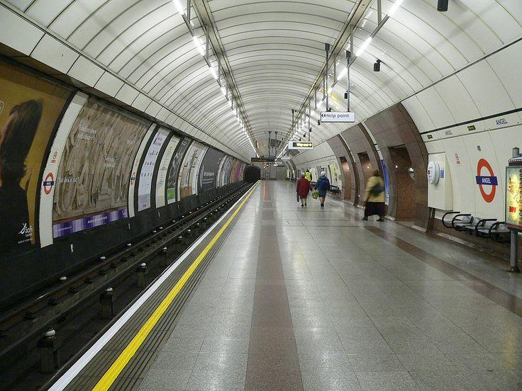 * Metrô de Londres * Estação Angel. Londres, Inglaterra.
