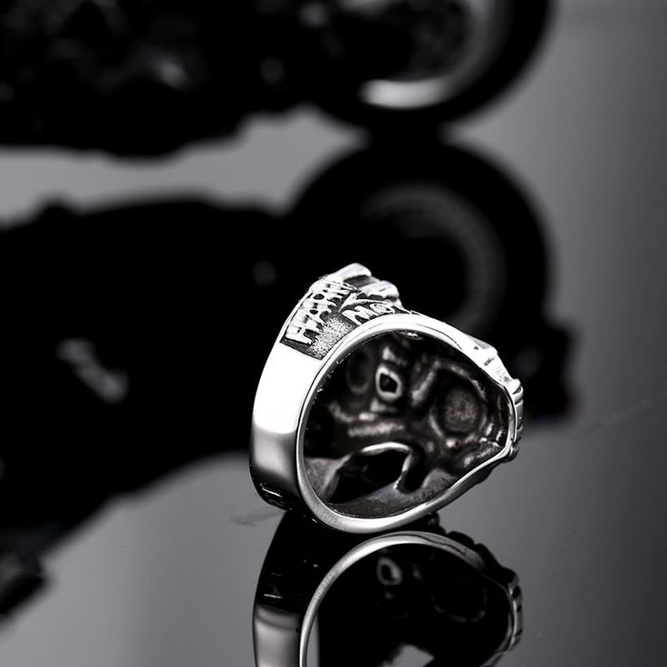Steel soldier factory price and top quality classic stainless steel men biker ring fashion HD men jewelry