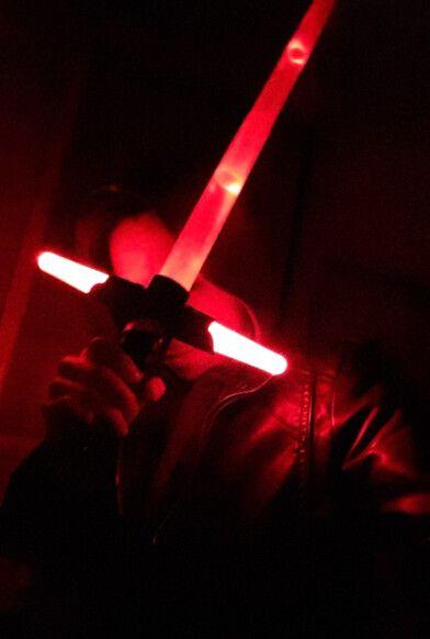 Новый горячий! 105 см звездные войны 7 сила пробуждает Kylo рен из светодиодов звук световой меч масштабируемые косплей дарт вейдер фигурку игрушки куклы купить на AliExpress