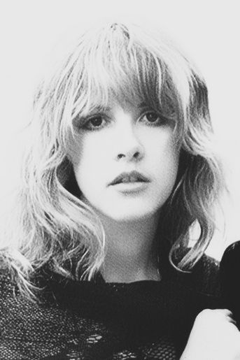Gorgeous black and white pic of young Stevie Nicks