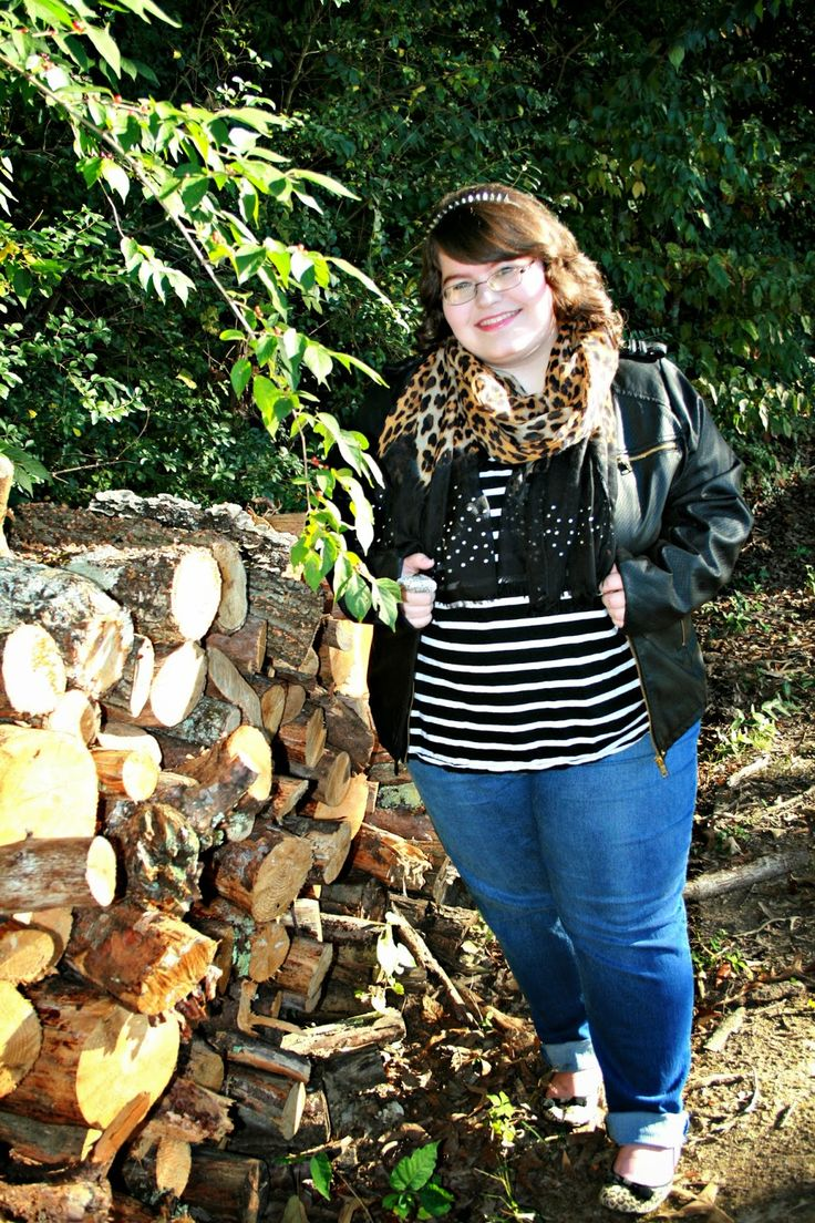 5 Ways To Mix Prints With A Leopard Scarf #plussizefashion #fallfashion #mixingprints  Unique Geek