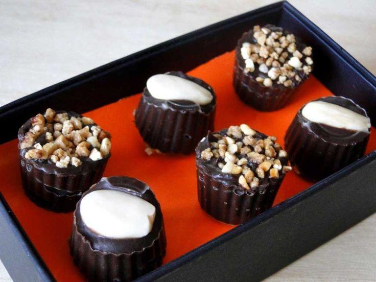 bombones de chocolate y almendra sin azúcar- en caja regalo