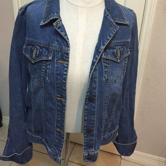 Abercrombie & Fitch blue  Jean Jacket Very nice blue jean jacket it is gently used but good condition.  Feel free to ask questions Abercrombie & Fitch Jackets & Coats Jean Jackets