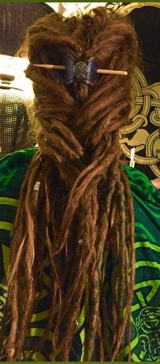 dreadlocks & celtic barrette <3