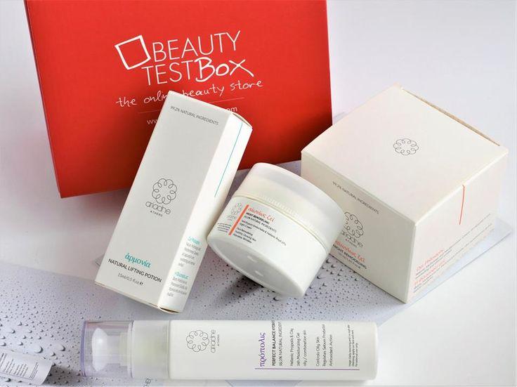 Υποδεχόμαστε τον Οκτώβριο με τα απαραίτητα προϊόντα για την φροντίδα του προσώπου, στο New Beautytestbox by Ariadne Athens! Ένα κουτί ομορφιάς από το Luxury Ελληνικό brand με 3 full size προϊόντα, είναι ήδη διαθέσιμο και σε περιμένει! 😊💝 Shop➡ https://goo.gl/GUPG1J ✔️ *με χαρά να σας εξυπηρετήσουμε για την διευκόλυνση της παραγγελίας σας μέσω μηνυμάτων στα social media μας, ☎210 5710310 #beautytestbox #beautytestboxeshop #greekeshop #shippingtoCyprus #AriadneAthens #GreekBrand