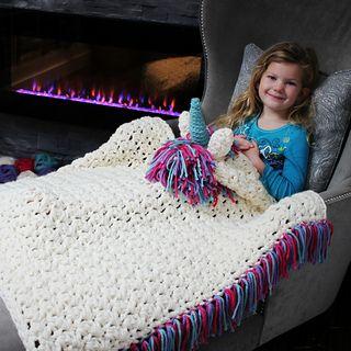 Crochet Unicorn Blanket : Unicorn_blanket_5_small2