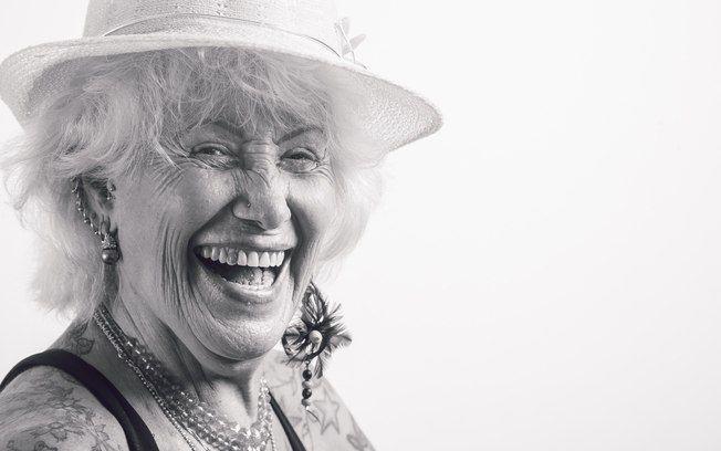 'Mulheres muito velhas só falam de doenças e dores. Os jovens falam a minha língua'