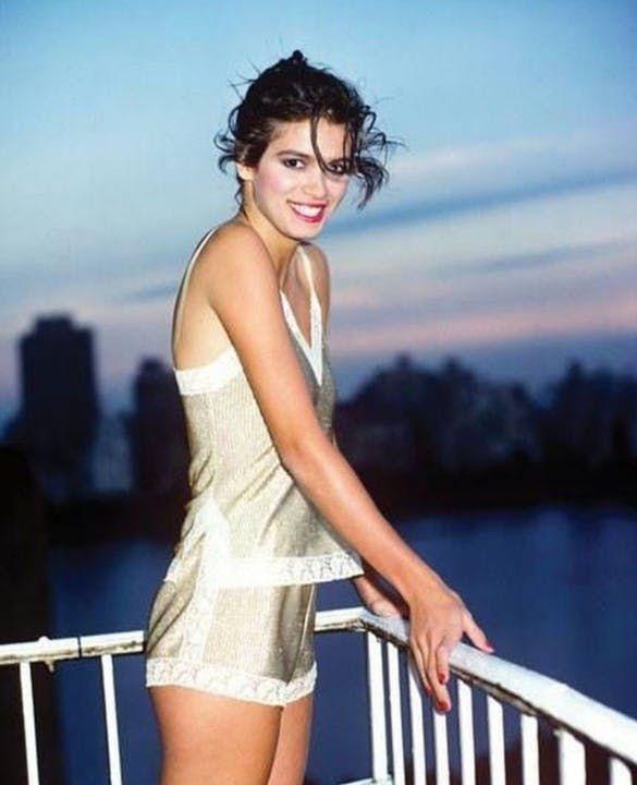 Remembering '80s Icon and Supermodel Gia Carangi - Gia Carangi First  Supermodel Last Photo in 2021 | Gia carangi, People magazine style,  Supermodels