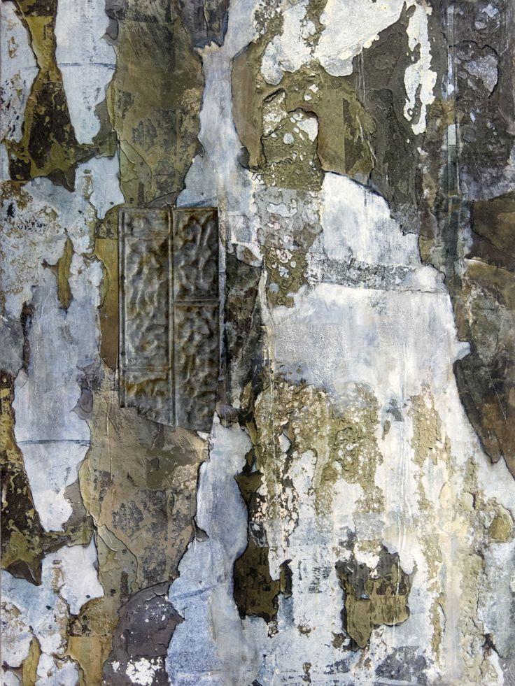 50 nuances de gris. Techniques mixtes.  Composition numérique  transférée sur bois,  pièce de métal, clous. Format 40 X 30