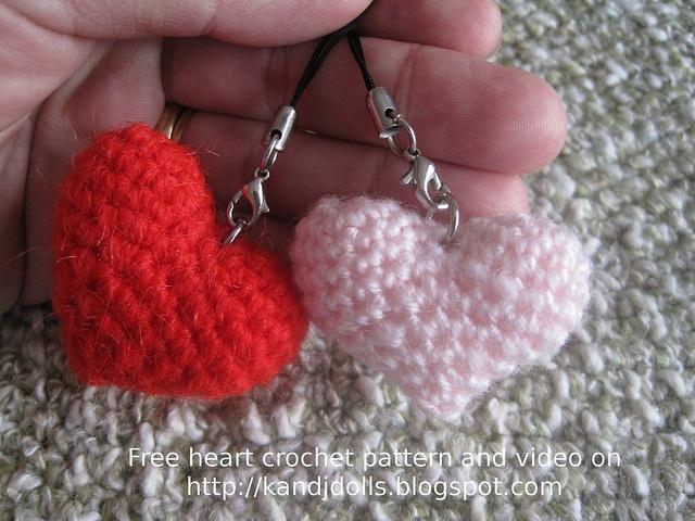 Crochet Heart by amigurumi photos, via Flickr