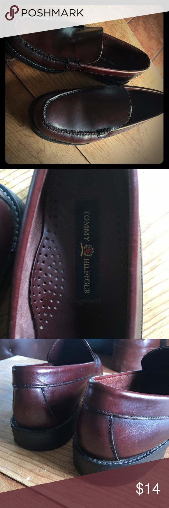 Tommy Hilfiger Loafers Men's slip on Tommy Hilfiger's. Very comfy and versatile.  Look great with khaki's, black, navy or even denim ! Tommy Hilfiger Shoes Loafers & Slip-Ons