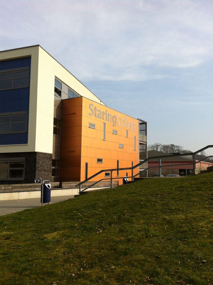 14-3-2014 Staring College te Lochem. Gastlessen aan diverse brugklassen over cyberpesten en veilig internet gebruik.