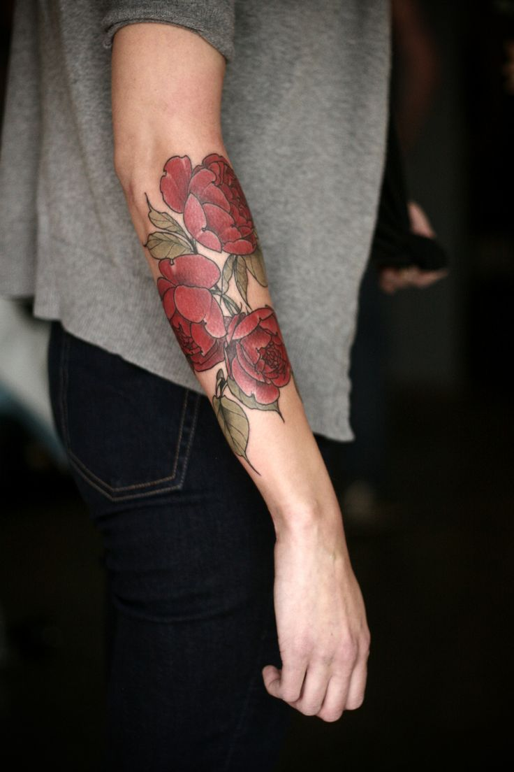 Wonderland Tattoos - alicecarrier: i love tattoos that wrap well, but...
