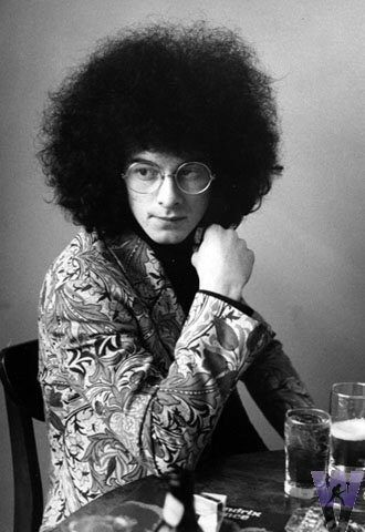 Noel Redding wearing his Granny Takes A Trip jacket made using a Sanderson's William Morris-Bachelors Button pattern
