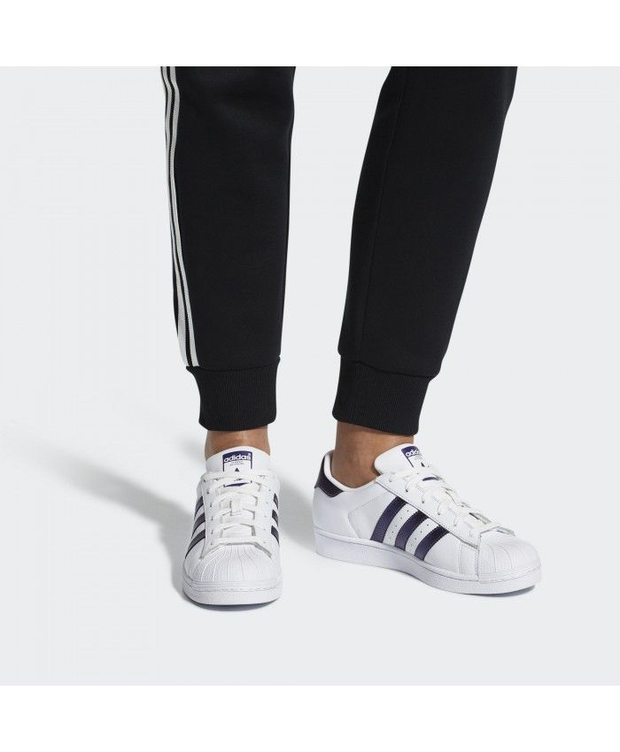 Adidas Superstar Traniers In White And Black Cheap Sale  bc3f69d5695
