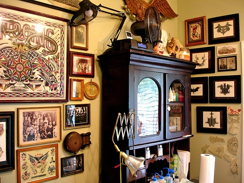 tattoo shop in maryland | interior design | Pinterest