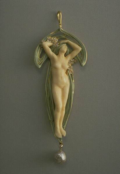 The erotic nature of many Art Nouveau works was a common feature seen in the small-scale decorative arts and jewellery, furniture, paintings and printed material of the time