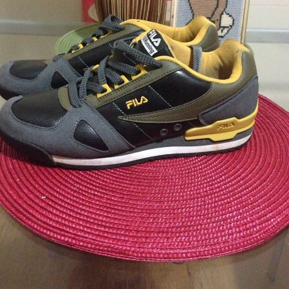 Fila running shoes Fila gray and yellow and black running sneakers worn 2 times very comfy size 7.5 Boys Fila Shoes Sneakers