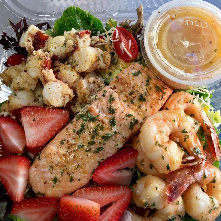 LATE NIGHTS!!!!!! #grilledshrimp #grilledlobstertails😍 #grilledsalmon #salad #strawberries🍓 #italiandressing #hartford #restaurant #foodtruck #hotpots #fishytales 2374 Main St.