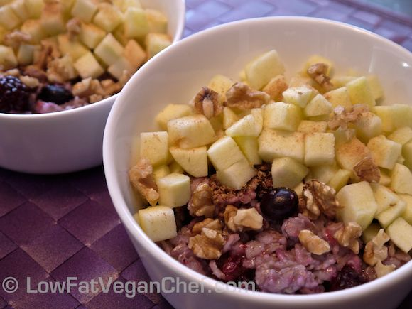 Dr Fuhrman's Eat To Live Cinnamon Fruit Oatmeal Recipe