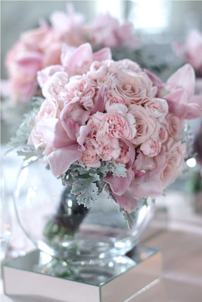 Guest table with Pink bouquet 2 by Tirtha Bridal Uluwatu Bali
