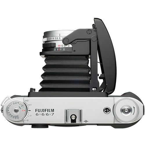 #Fuji #GF670 medium format film rangefinder folding camera now in stock | Photo Rumors