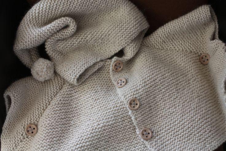 Tricot poncho à capuche lutin