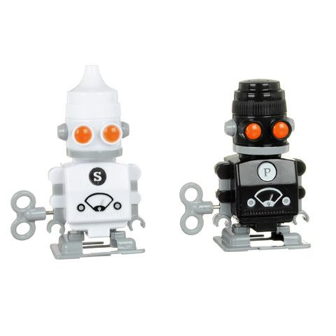 17 Best Images About Salt And Peppers Shakers On Pinterest: salt and pepper robots