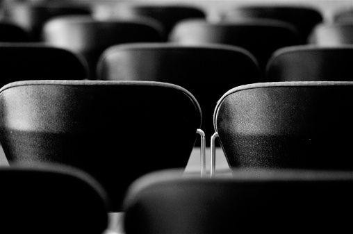 """Os seguintes leitores preencheram corretamente o formulário do projeto Cine Social. Cada um poderá levar um grupo de 15 crianças, jovens ou adultos atendidos nas atividades culturais e de saúde de suas respectivas instituições aoCine Reserva Cultural, durante o mês de maio de 2014. Os detalhes para uso dos ingressos foram enviados por email aos...<br /><a class=""""more-link"""" href=""""https://catracalivre.com.br/sp/o-catraca/indicacao/confira-os-contemplados-no-cine-social-de-abril/"""">Continue…"""