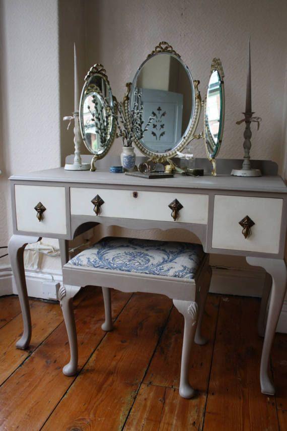 Best 25+ Vintage dressing tables ideas on Pinterest   Vintage dressing rooms, Vanity table vintage and Vintage vanity