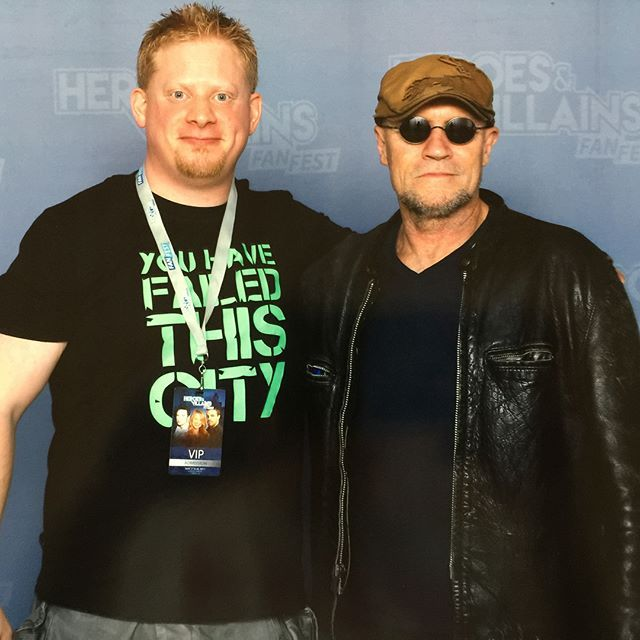 Great seeing the one and only @michael_rooker again! Last time we had #armwrestling at the #marvel #booth in #sandiego ! 💪😜😄#michaelrooker #gotg #guardiansofthegalaxy #guardiansofthegalaxyvol2 #yondu #marvelstudios #twd #thewalkingdead #merle #tombstone #jfk #cliffhanger #daysofthunder #henry #slither #hvff #hvfflondon #heroesandvilliansfanfestlondon #london🇬🇧 #comiccon #convention #fun #geek🤓 #sandiego #sandiegoconnection #sdlocals #sandiegolocals - posted by Andreas Risberg…